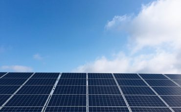 Solar energy gets cheaper, even without government subsidy