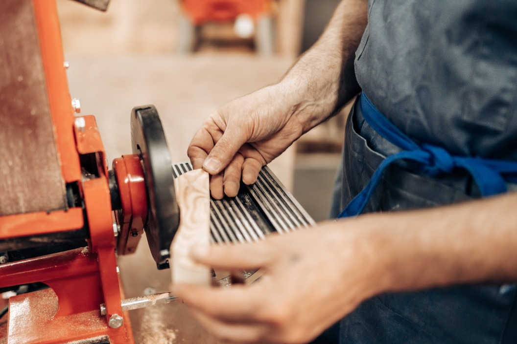 How To Learn Carpentry and Become a Carpenter